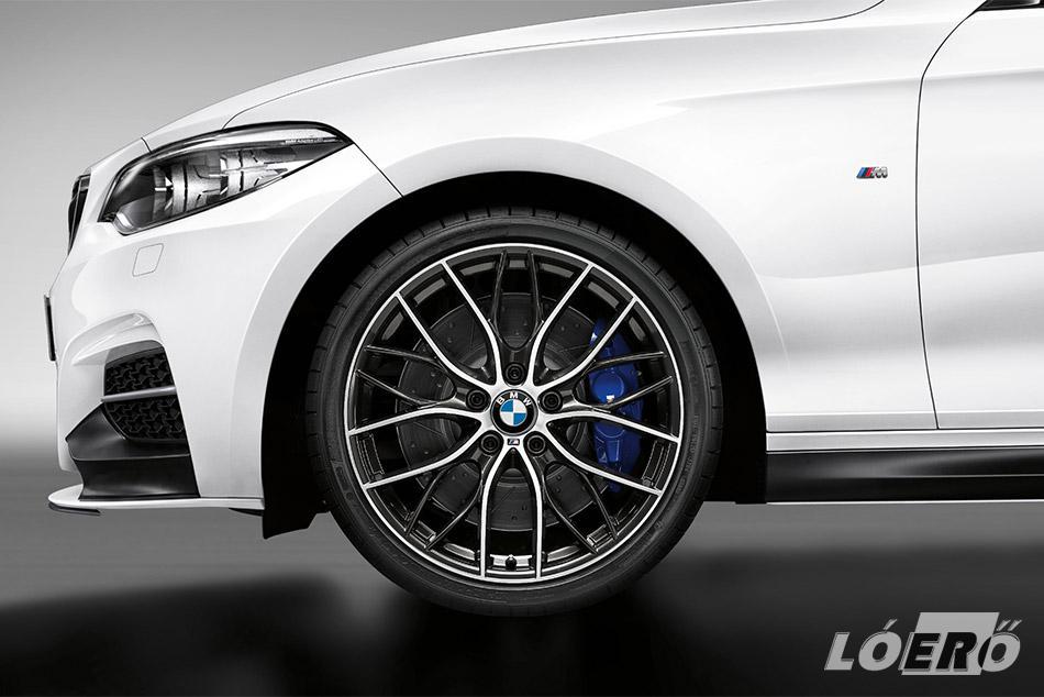 A BMW gyári tuning cége a prémium minőségű, duplaküllős, kovácsolt felniket Orbit Grey vasszürke árnyalatban szereli fel a BMW M240i különkiadása alá.