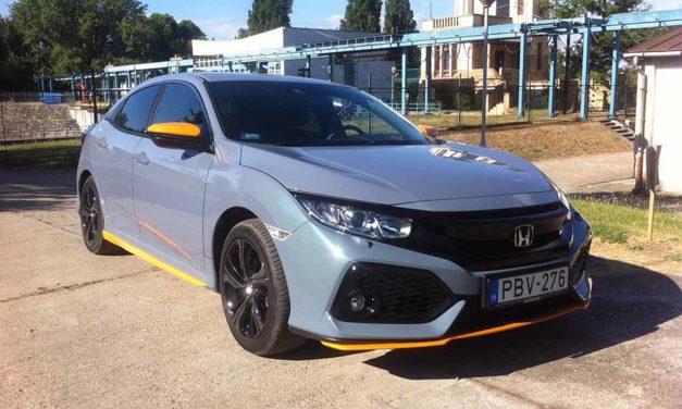 Többet mutat, mint ami – Új Honda Civic teszt-1.0 Elegance Navi Orange Line