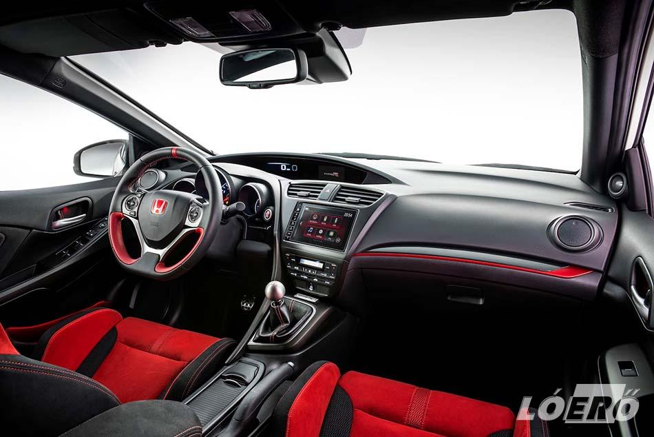 A sportosság hangsúlyozása érdekében az új Honda Civic Type-R fél utastere vörösbe borult, és amit lehetett, feltupíroztak benne.