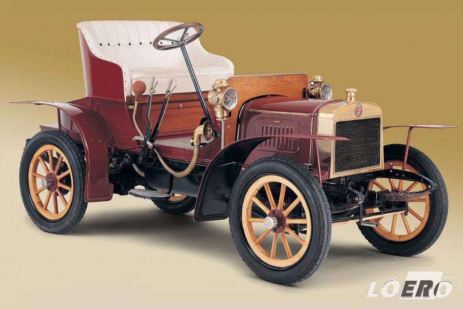 1905-ben a Laurin & Klement elkészítette a vállalat első autóját, a legendás Voiturette A típust.
