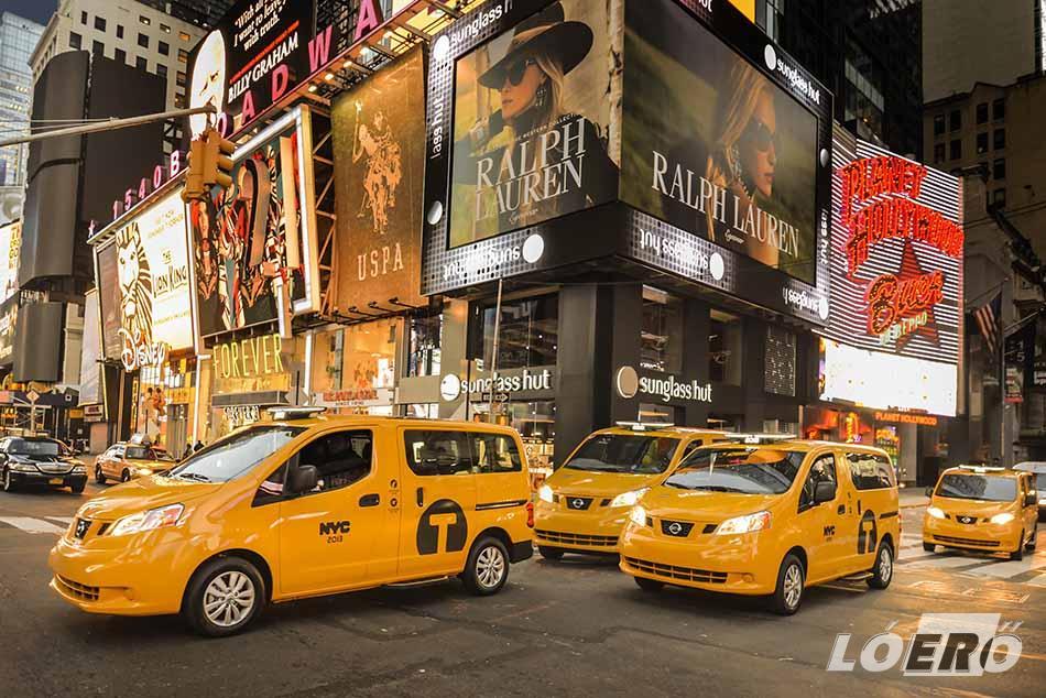 A hagyományos New York-i taxik helyét lassan átveszi a Nissan NV200.