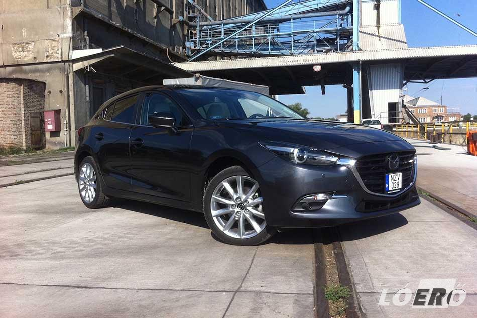 A Mazda3 Sport facelift jórészt magával hozta mindazt, amit a nagytestvér, a Mazda6 tud, s így már többfunkciós adaptív LED-es fényszórók is rendelhetők bele.
