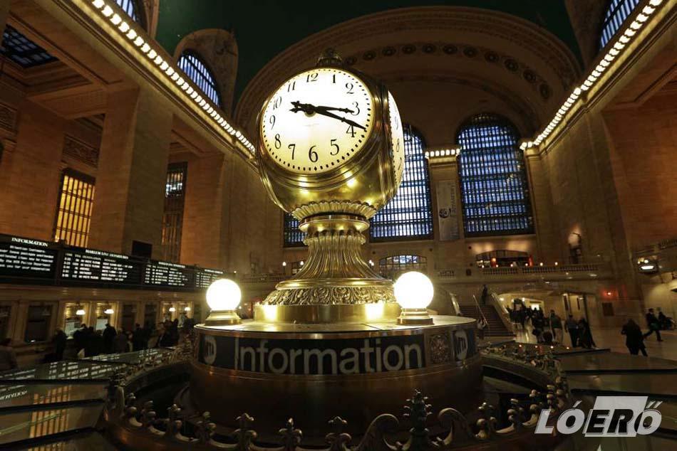 A new yorki pályaudvar szimbóluma a négyoldalas, opálból készült Grand Central Terminal óra, aminek értékét sokmillió dollárra becsülik a világ neves aukciós házai.