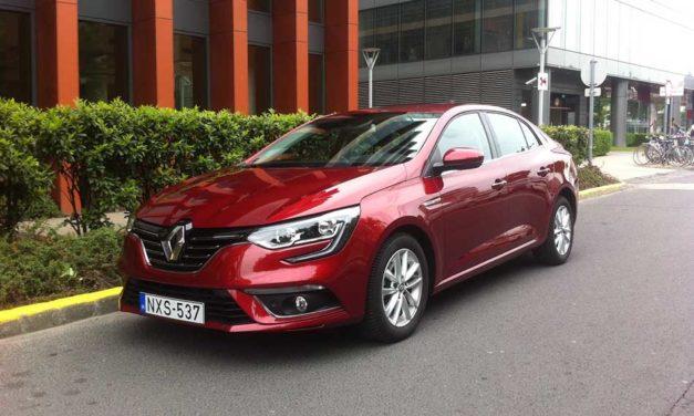 Renault Mégane GrandCoupé teszt – Visszatérés a családba