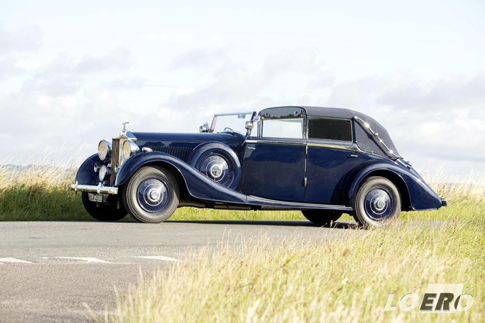 A Rolls-Royce Phantom III tiszavirág életű lett, és csupán 1939-ig élt.