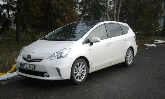 Toyota Prius Plus teszt – A környezettudatos család becélozva