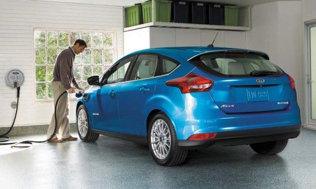 Ford Focus Electric – 30 perc alatt betárazva