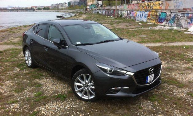 Mazda 3 Sedan 2.0 G120 Revolution Automata – Épp hogy megpiszkálták