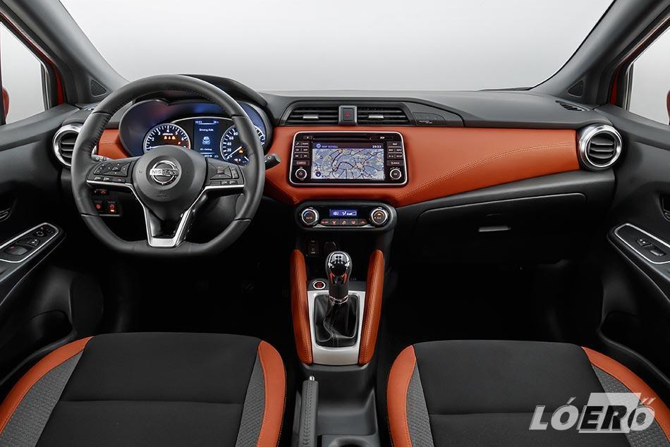 Az új Micra belső kialakítása is magasabb szintre lépett, és a Nissan első olyan modellje a B-szegmensben, amely a fejlettebb technológiai megoldások ennyire széles választékát nyújtja számunkra.
