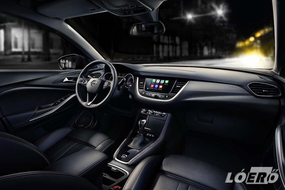 Az előzetes hírek alapján az Opel Grandland X gazdag felszereltségéhez igen sok technikai finomságot kaphatunk majd.