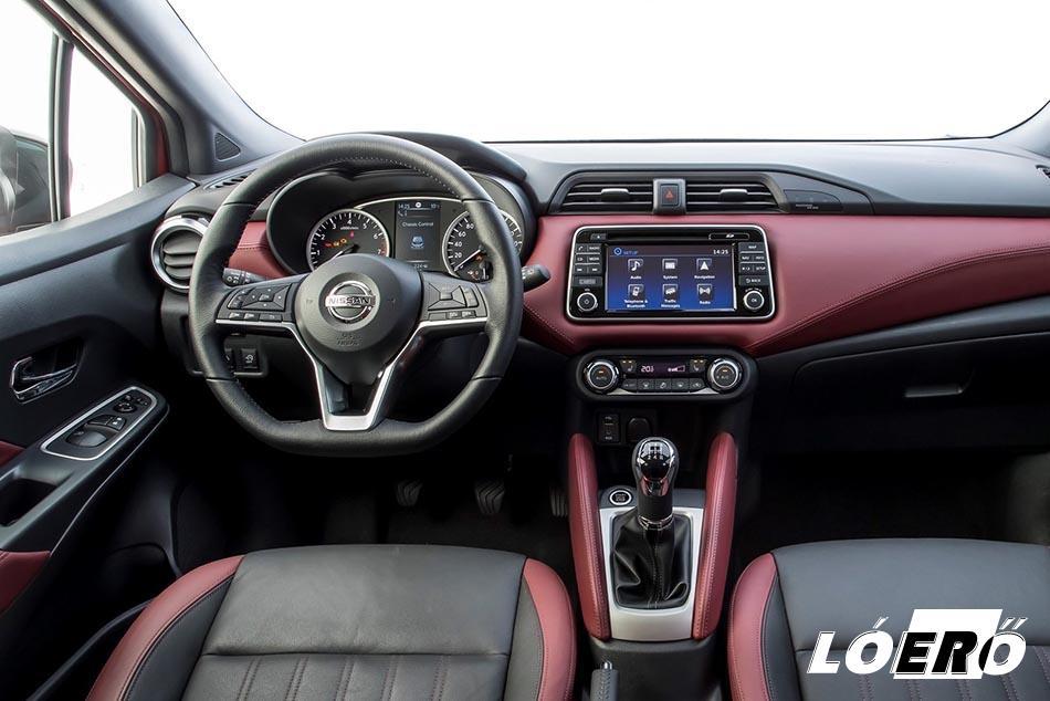 Az új Nissan Micra ékköve járt nálunk, a csúcsváltozat, gyöngyház fehérben, bordó bőrüléssel.