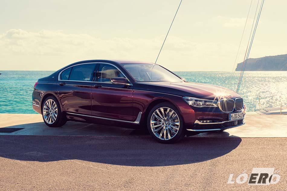 Az aktuális BMW 7-es hajtásláncát és a felfüggesztést a motorsportos M divízió vette kezelésbe, a külső a BMW Individual munkája.