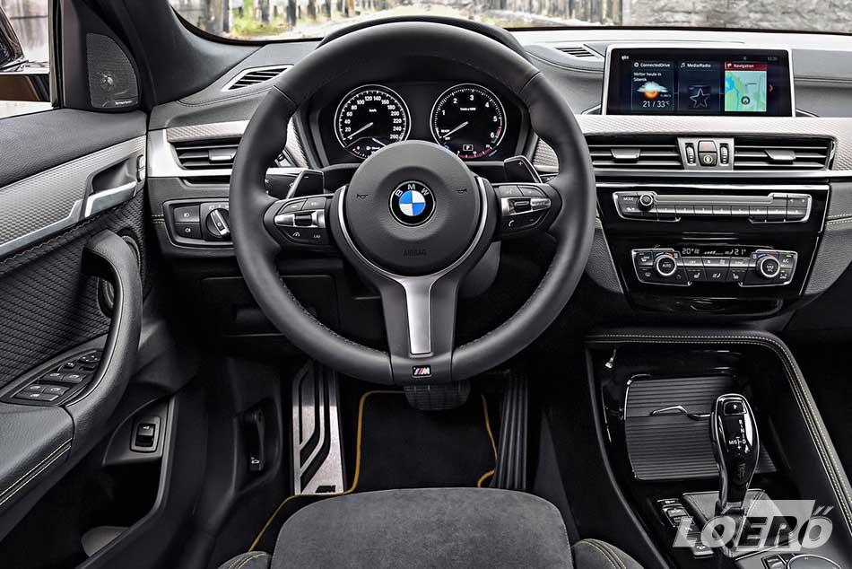 Ahogy azt megszokhattuk a bajoroktól, a BMW X2 belső kidolgozása is hibátlan.