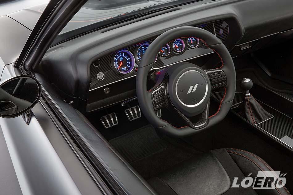 Az utastér letisztultsága szemet gyönyörködtető a Dodge Challenger Shakedown esetében, ahol a kevés valóbban több.