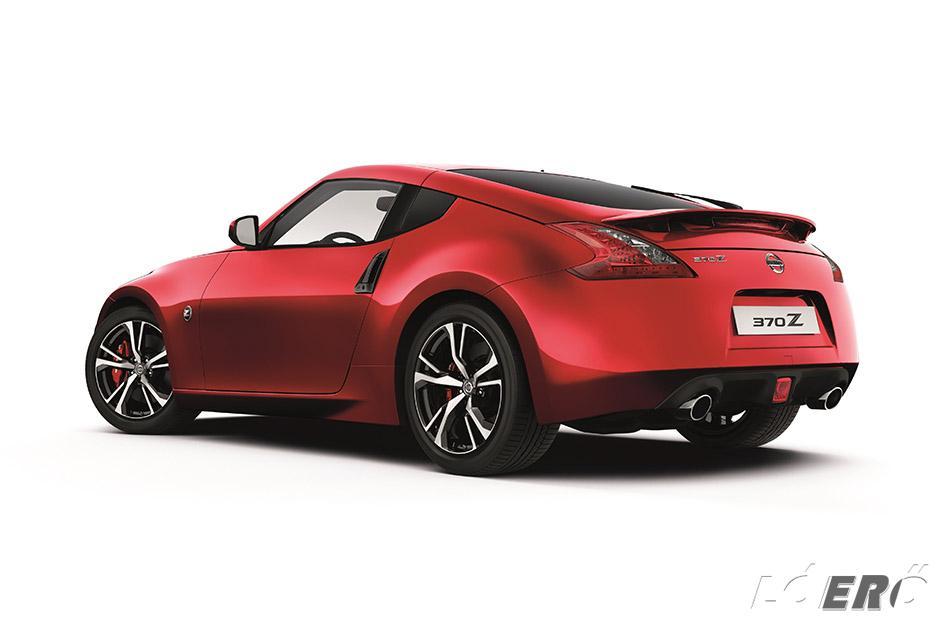 Bár mélyreható változást nem hozott, de már kellett a Nissan 370Z 2018-as modellévre szóló megújulása.