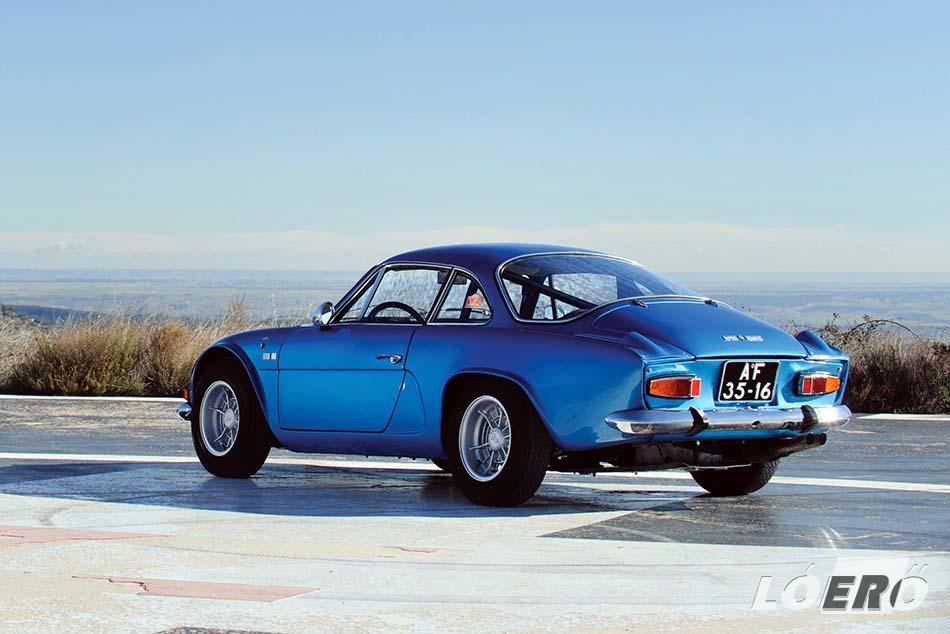 Ma is magával ragadó az Alpine A 110 időtálló formája.