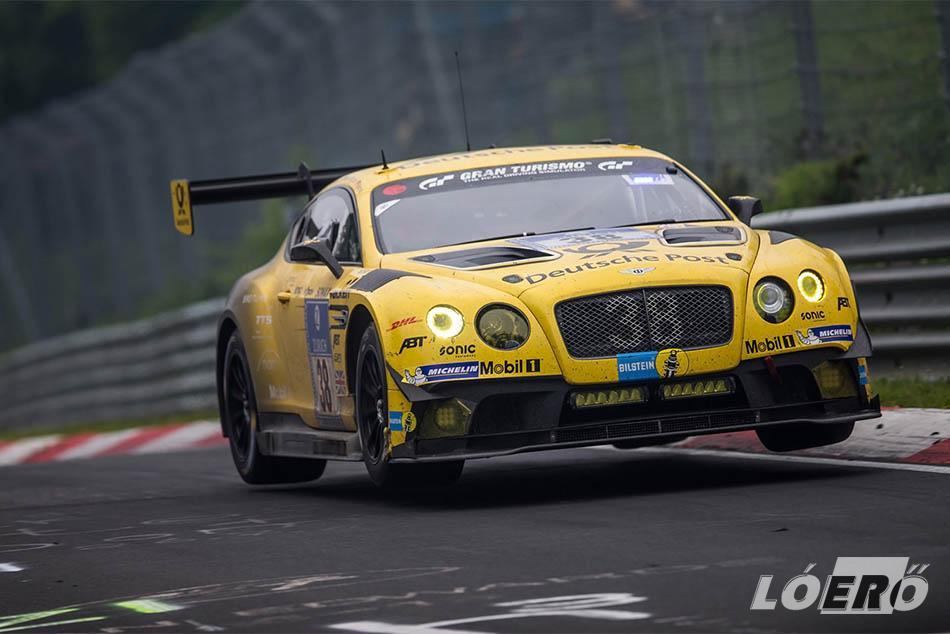 Már az is kisebb csoda, hogy a Bentley Continental GT-t, egy 5 centi híján ötméteres, kéttonnás óriást sikerült alkalmassá tenni a versenypályára.