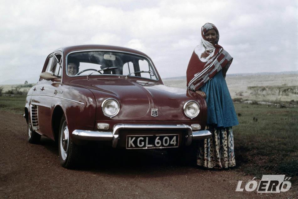 A Renault Dauphine 1967-ig volt gyártásban, és gyakorlatilag a világ minden részére eljutottak. A bő egy évtized alatt mintegy 2,15 millió példány hagyta el az üzemeket.