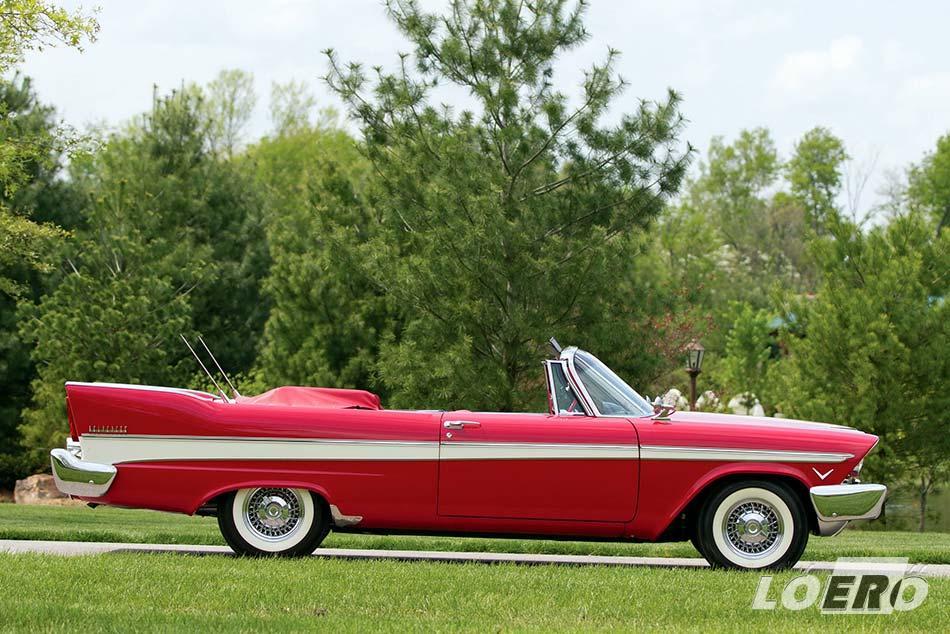 Valamikor a divat és a kor életérzésének a középpontjában álltak, ma pedig üde színfoltok az olyan amerikai óriásvasak, mint amilyen a Plymouth Belvedere is.