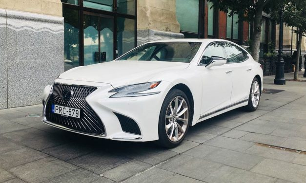 Lexus LS 500h teszt – Interior felsőfokon