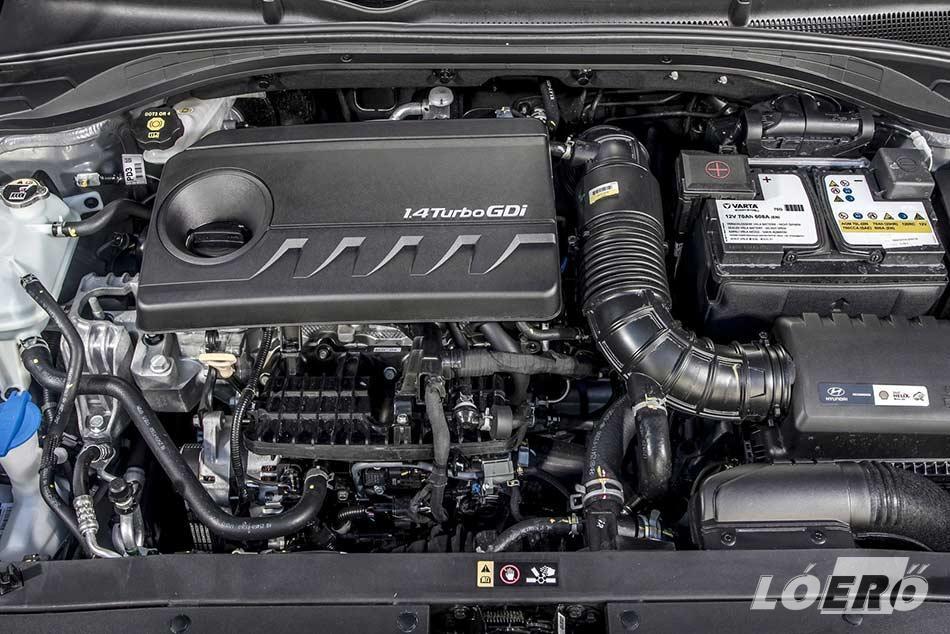 Az 1.4-es turbós benzinmotor tökéletes ehhez az autóhoz. A dinamikus haladáshoz abszolút elegendő a 140 lóerő és a 242 Nm-es nyomaték.