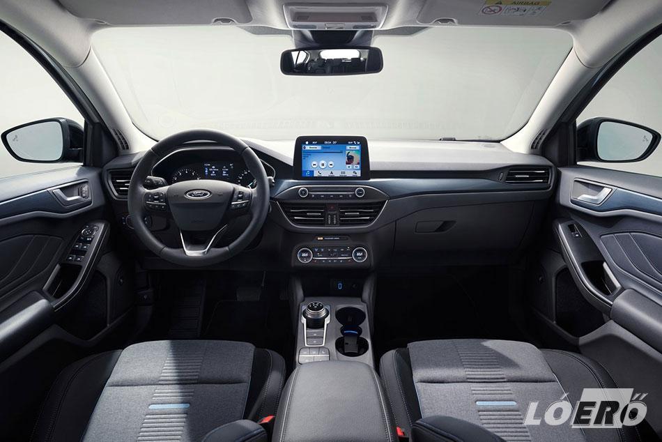 A Ford Focus Active utastere szintén a márkától megszokott egyszerűséget kapta, néhány, a modellváltozatra utaló dekorációtól eltekintve.