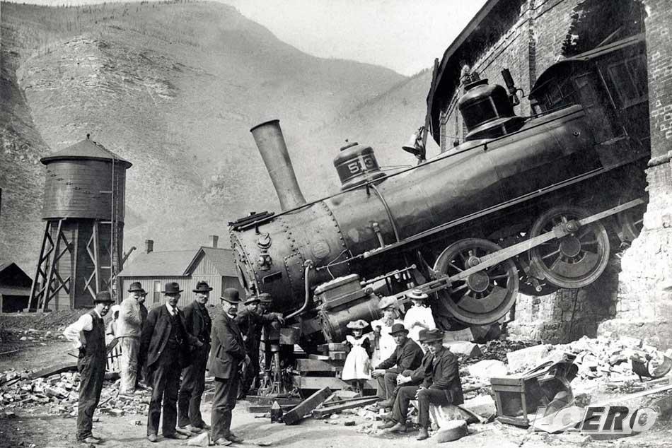 Westinghouse korában a vasúti közlekedés biztonsága még nagyon gyermekcipőben járt. Nem voltak ritkák kisiklások, frontális ütközések, de olykor még a pályaudvar fala sem jelentett akadályt.