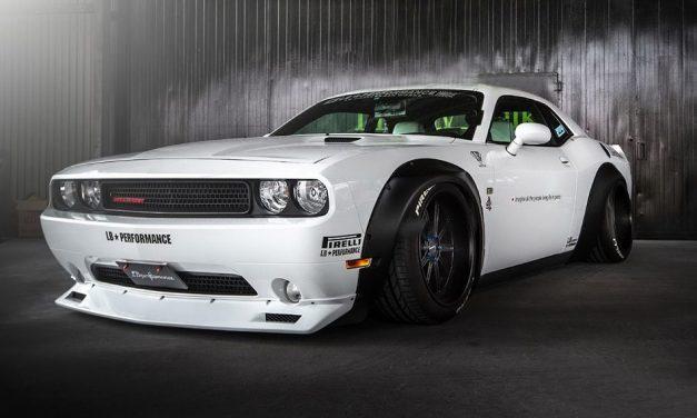 Rizsrakéta – Liberty Walk Dodge Challenger