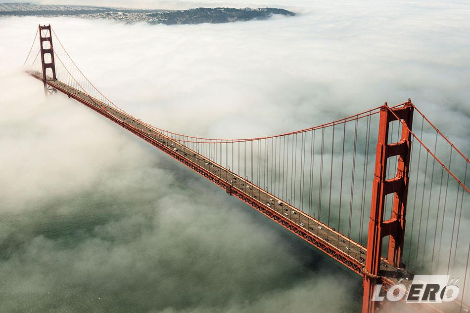 Nem csak a földöntúlinak ható ködről híres, sajnos a Golden Gate híd öngyilkosságok kedvelt helyszíne is.