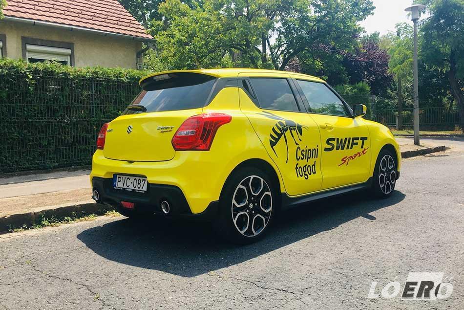 Az erőt sugárzó kiegészítőknek köszönhetően a Suzuki Swift Sport 1.4-ese formás kis méregzsák benyomását kelti bármely irányból.