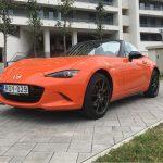 Látványos, menő és szexi – Jubilál a Mazda cabrio