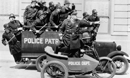 Korabeli autótolvajok, avagy múlt századi autóvédelem lopás ellen