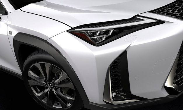 A legkisebb különc – Lexus UX 2.0 250h F Sport teszt