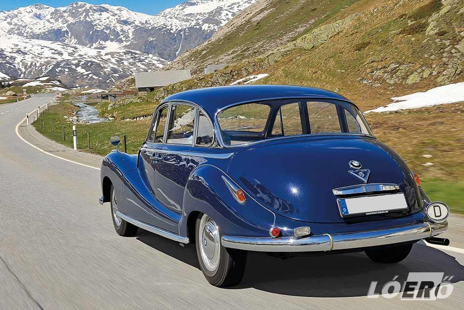 A BMW 501-es formáját olyannyira eltalálták, hogy a mai napig ámulatba ejti az embereket.