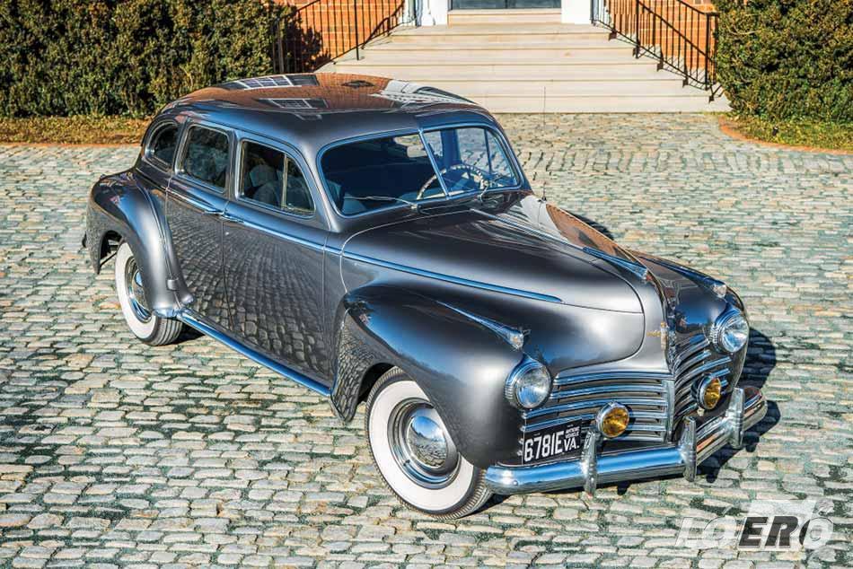 Méltán vált gyárigazgatók, politikusok kedvelt járművévé a Chrysler Windsor, hiszen minden részletében sugározta az eleganciát.
