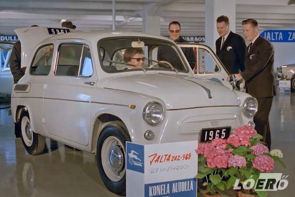 A Zaporozsec 965-ös a tervezők által átszabott Fiat 600-as vonalaival.