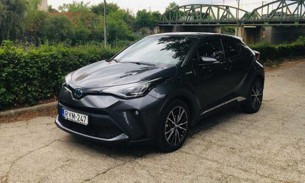 Nem csak az ára van rendben – Toyota C-HR hybrid teszt