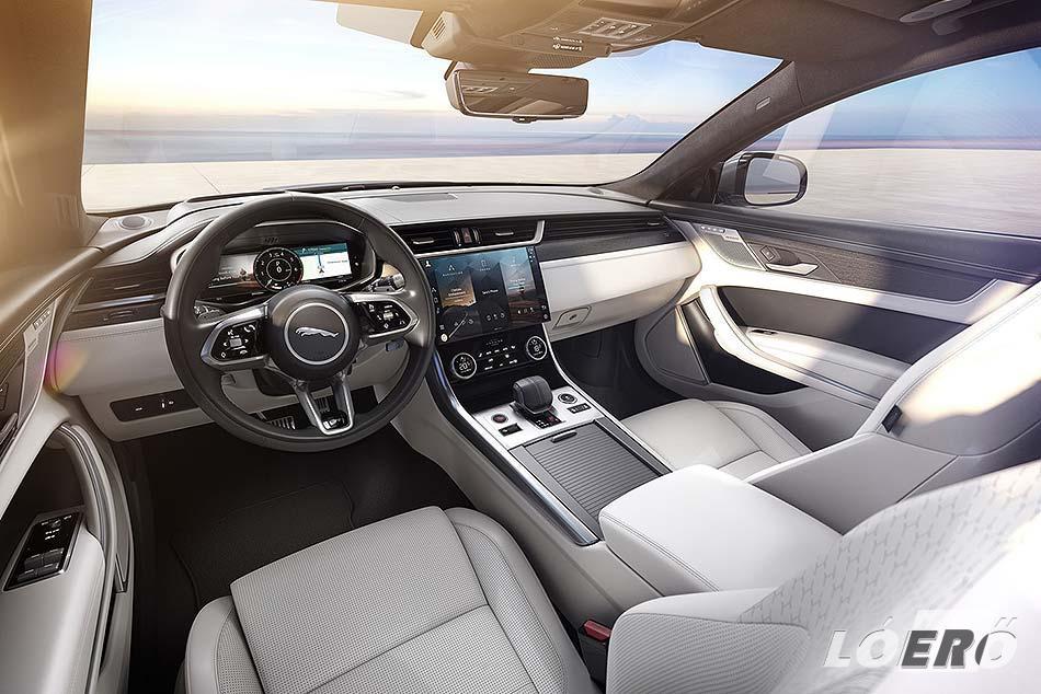 Ahogy a külső, úgy a Jaguar XF utastere is hűen követi a márka mai formavilágát.